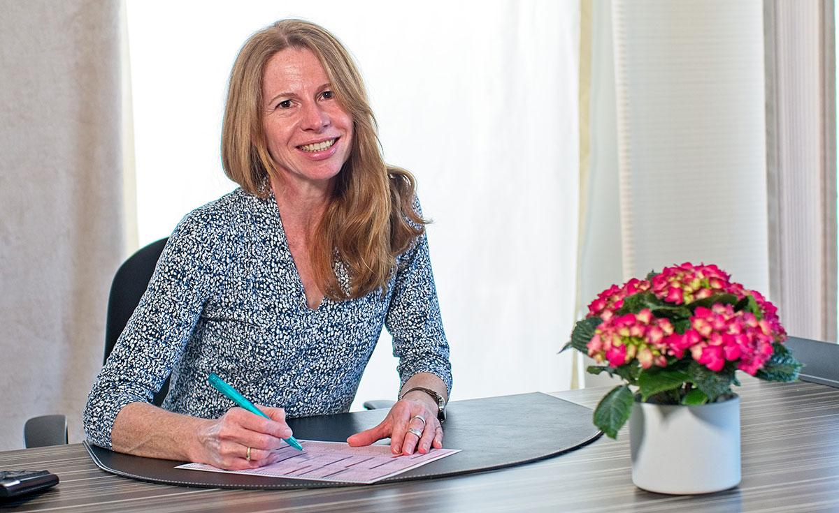 Dr. med. Angela Radke